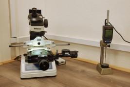 Digitální mikroskop a úchylkoměr Mitutoyo